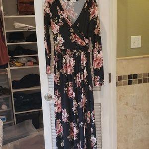 Maternity/nursing friendly floral Maxi dress